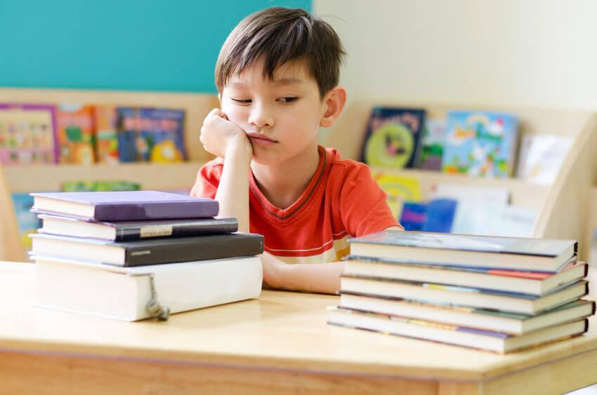 勉強をサボってしまう子供