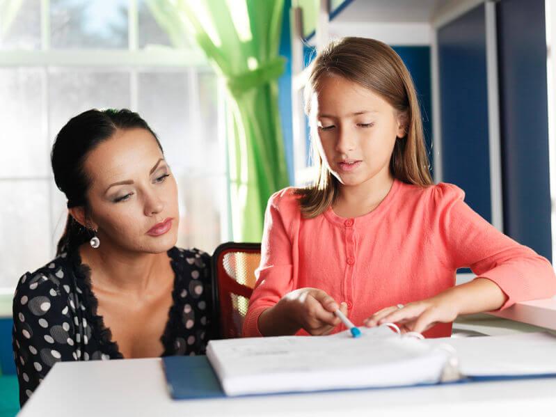 勉強が出来ない子と母