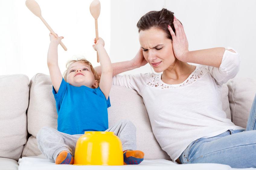 騒ぐ子供の上手なしつけ方