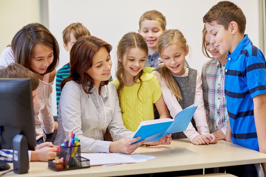 外国人用のクラスでは書くより話すが中心