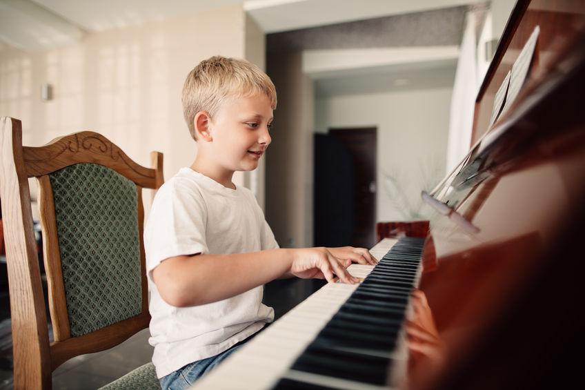 男の子にもピアノを