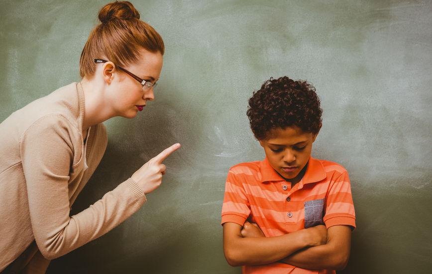 子供が小学校の先生と合わない