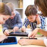 ict教育を受ける子供