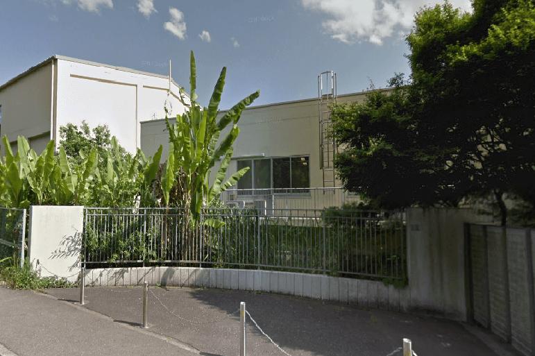 森村学園初等部の校舎
