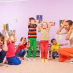 リトミック教室に通う子供達