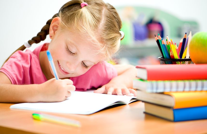 勉強習慣を身につけている子供