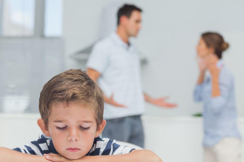 家庭内の問題からくる子供の反抗期