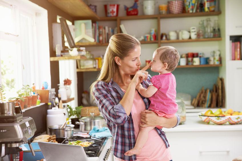 市販の離乳食をあげる際の注意点