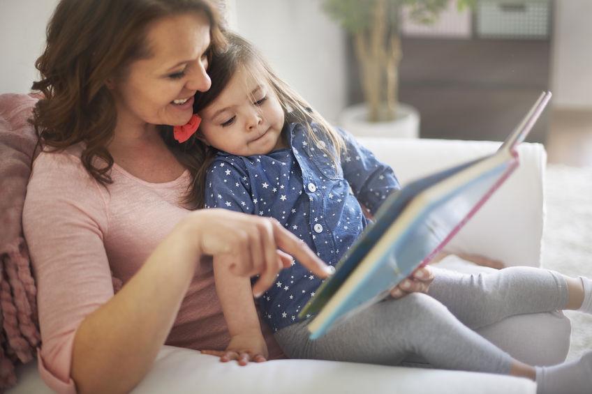 英語を学ぶ親子