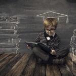 勉強をする子